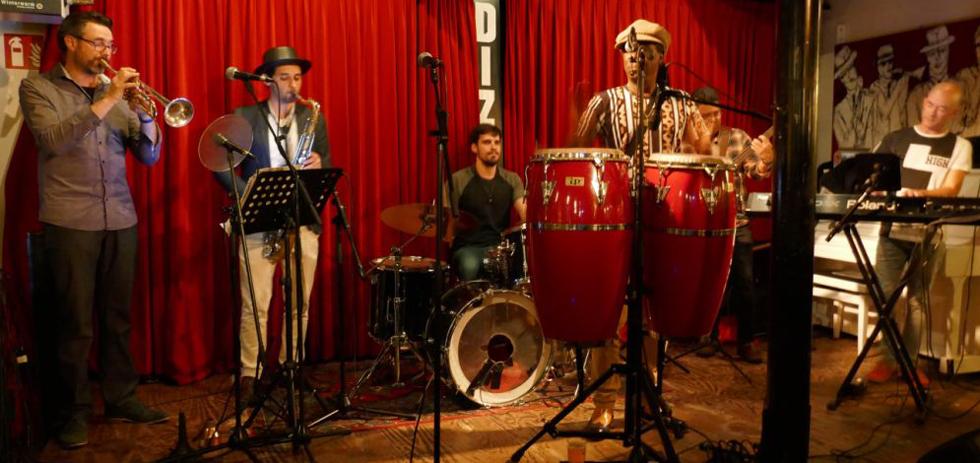 World: Havana Club met Sin Pausa